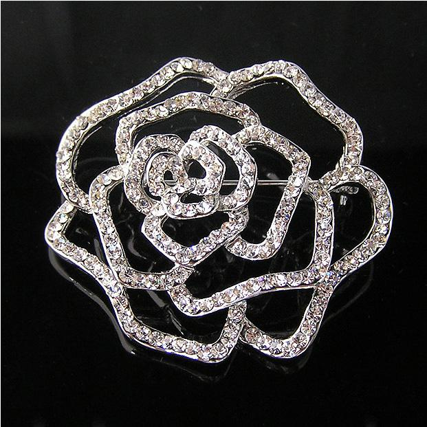 Brosa Borealy Diamonds Rose Vera Wang-big