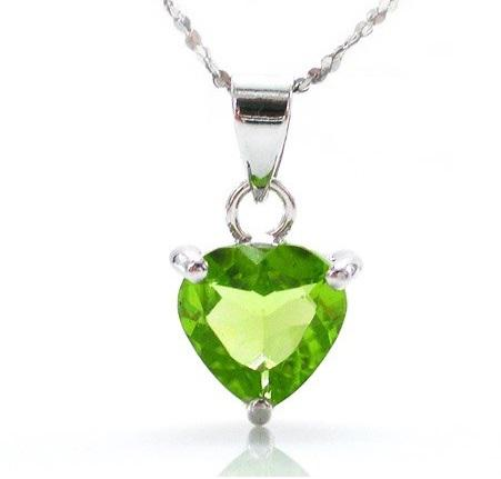 Peridot Natural Ultra Heart 2 carate Colier -Argint 925-big
