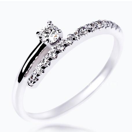 Inel  aur 14 k cu  diamante